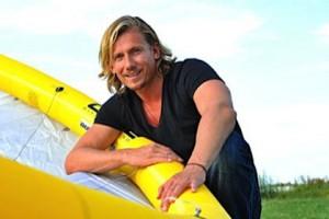 Will auf dem Kiteboard die Beringstraße überqueren: Constantin Bisanz